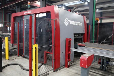 Used structural steel coping robot system Voortman V808